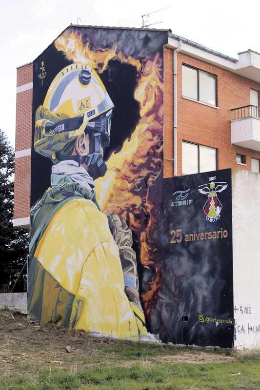 Nombre:  fotos grafittis la bañeza fotofinde_00013.jpg Visitas: 18 Tamaño: 61.1 KB