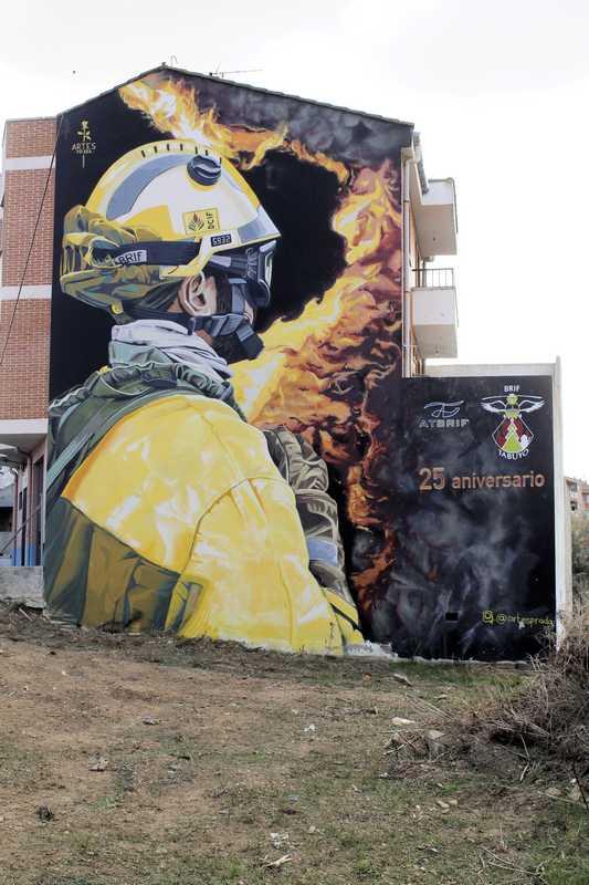 Nombre:  fotos grafittis la bañeza fotofinde_00014.jpg Visitas: 20 Tamaño: 63.5 KB