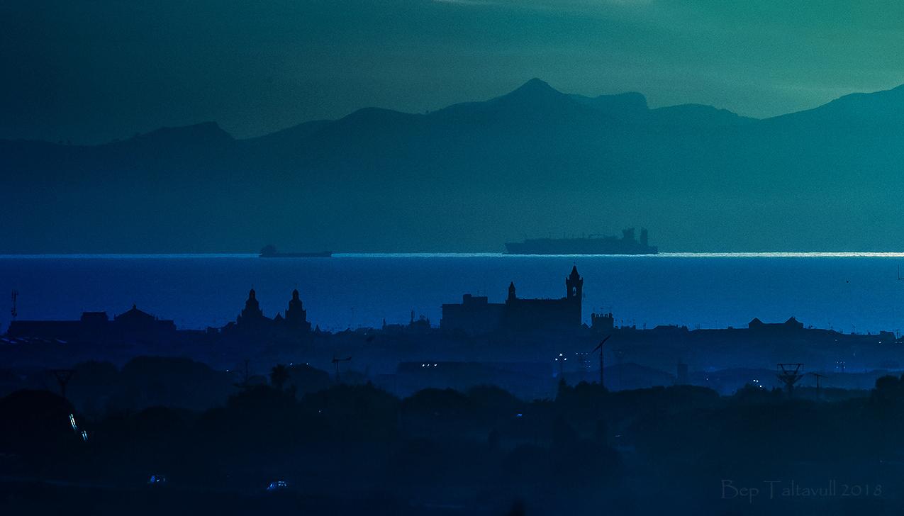Nombre:  Skyline son àngel- Barcos-freda 850-FF.jpg Visitas: 82 Tamaño: 579.6 KB