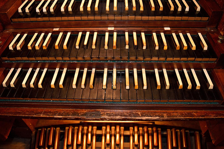 Nombre:  teclat orgue.jpg Visitas: 37 Tamaño: 659.3 KB