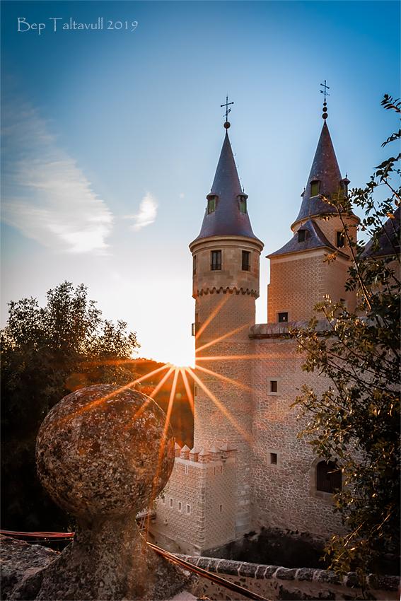 Clic en la imagen para ver su versión completa.  Nombre: Alcazar de Segovia 3.jpg Visitas: 44 Tamaño: 462.2 KB ID: 12054