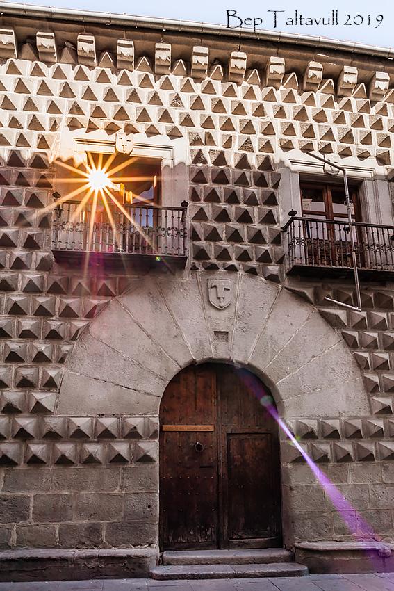 Clic en la imagen para ver su versión completa.  Nombre: Casa de los Picos.jpg Visitas: 45 Tamaño: 585.0 KB ID: 12056