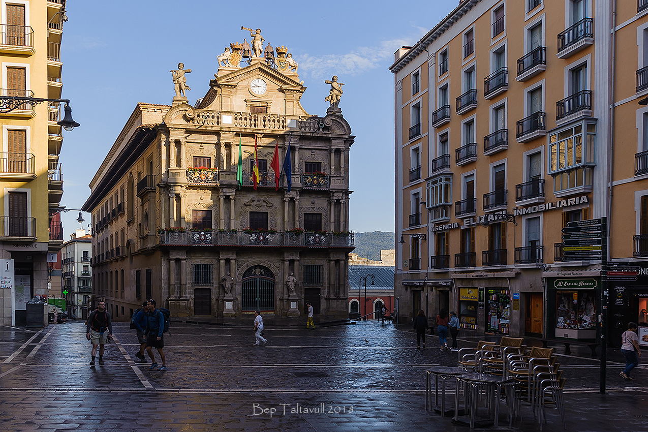 Nombre:  Ajuntament de Pamplona.jpg Visitas: 65 Tamaño: 652.7 KB