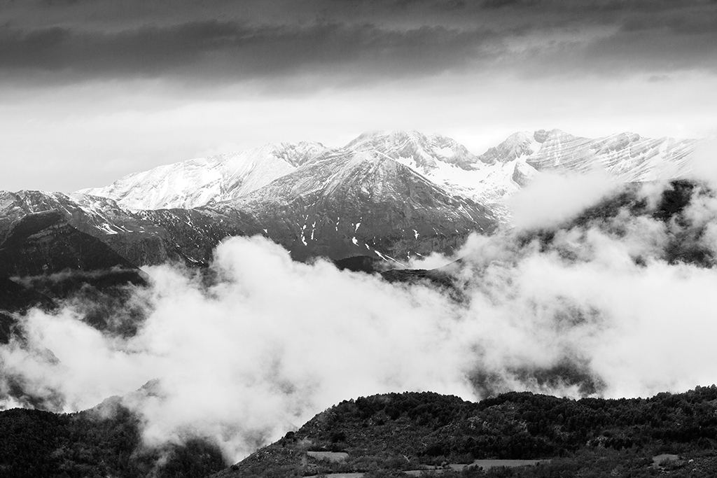 Nombre:  Pirineo BN web.jpg Visitas: 45 Tamaño: 413.1 KB